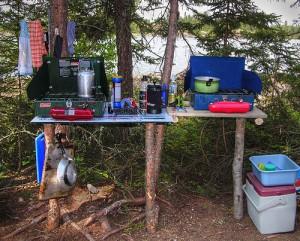 camping kueche 300x241 Nützliche Camping Tips für den Campingurlaub